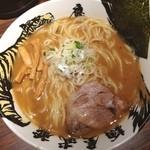 麺屋武蔵 鷹虎 - ら〜麺 830円 中盛