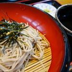Sobahachi - ざるそば(¥780税込み)乾麺に似た独特な手打ち蕎麦