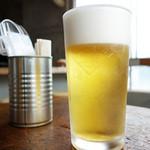 カルド - この店のビール、入れ方が上手い!泡旨い!d(^_^o)