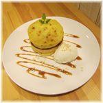 ブリーズ カフェ - 季節限定 スイートポテトパンケーキ