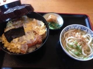 はら - 玉子かつ丼(うどん小付き)