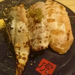 41377079 - 炙り3種(秋刀魚、鯖、サーモン)