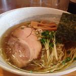 麺屋 くおん - 料理写真:塩ラーメン ¥750
