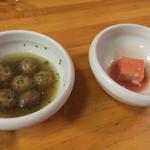支那そば晴弘 - マッシュルームオイル煮、豆腐よう。