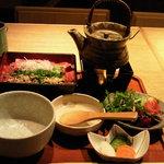 麻布 武藤 - ランチ(特選牛刺重~和風出汁付き~)