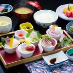 浜菊 - 割鮮お造り定食