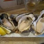 マルショウ アリク - (2015/7月)「牡蠣の食べ比べ三種盛」