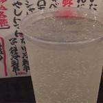 四文屋 高円寺北店 - プラカップはお祭り仕様。