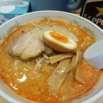 ススキノ - 胡麻ジャン麺(780円)ですが……?(※麺少なめにしてもらいました)