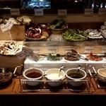 和牛焼肉食べ放題 肉屋の台所 - 野菜コーナー