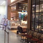 J.S. PANCAKE CAFE  - 入口