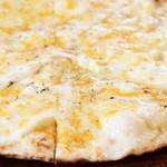 アンジョリーノ - こだわりチーズpizza