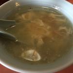上海飯店 - 料理写真:スープ。