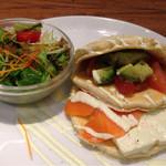 mog - 豆腐とサーモン&アボカド和風カプレーゼd( ̄、  ̄)