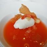 イルバンビーノ - スイカのスープと杏仁のジェラート 金木犀のジュレ