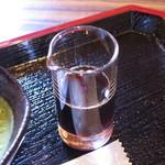 二軒茶屋 - 抹茶プリン(黒蜜は別添え、2015年7月)