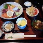 中宿来 - 海鮮ちらし丼\1,382