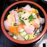 日本料理 黒潮 - 海鮮バラちらし