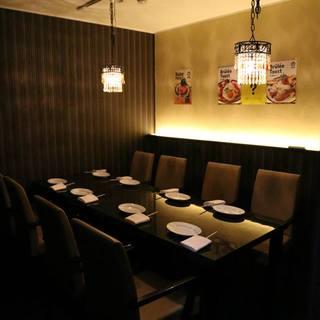 """神泉では珍しく落ち着いた個室がある""""すき焼きとワインのお店"""""""