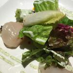 RYUDUKI TEPPAN - ホタテとウニのサラダ