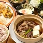 松阪牛 すき焼鍋ランチ
