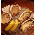 オストレア 恵比寿店 - 2皿目の生牡蠣