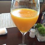 41432189 - フレッシュオレンジジュース!