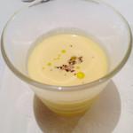スターライトカフェ元町 - 冷製コーンスープ、一瞬かつてのソースが頭をよぎりました。