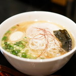 たいせい - 料理写真:2015.9 塩らー麺(730円)+キズあり味玉(10円)