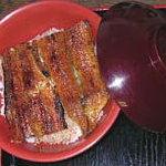 うなぎのやまなか - 料理写真:備長炭で焼いた上丼です。
