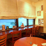 CIMOLO CAFE - 店内‣禁煙フロア(2階)
