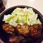 よも麺てんき - 豚足