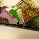 よも麺てんき - カンパチの刺身