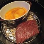 41459292 - ダッチオーブンの燻製(黒毛和牛モモ肉と生卵)