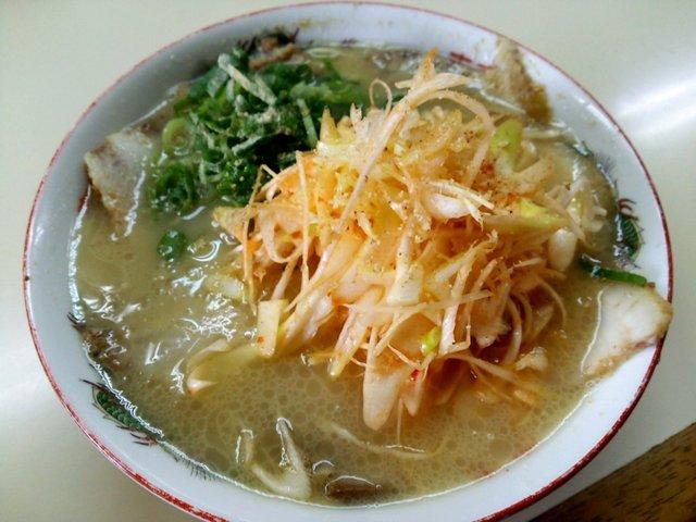 長浜ラーメン 麺通人 - 一番人気!辛ネギチャーシュー:750円