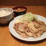 ろくまる五元豚 - リピート率No.1! ランチ『生姜焼き定食』