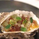ラール・エ・ラ・マニエール - ミネラル:岩牡蠣と夏野菜エッセンス、加賀太胡瓜のクリスタル