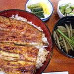 いけのや - 料理写真:うな重1900円