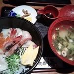 41475134 - 海鮮丼
