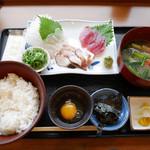 海幸丸 - 漁師ぶっかけめし(三種盛り)¥1,500