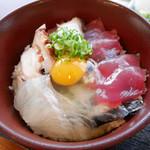 海幸丸 - 漁師ぶっかけめし(三種盛り)