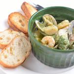 COLOR - 魚介の香草バター