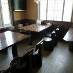 元祖屋台らーめん にほんいち - 店内テーブル席