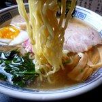 元祖屋台らーめん にほんいち - 塩らーめんの麺