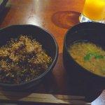 鉄板焼 天 - 高菜ご飯とお味噌汁☆