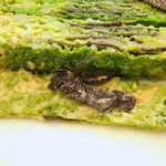 レストラン タテル ヨシノ 銀座 - 前菜:チリメンキャベツ、フォワグラ、黒トリュフのテリーヌ