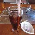 炭火焼肉&韓国家庭料理 故郷 - サービスのアイスコーヒー