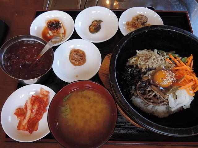 炭火焼肉&韓国家庭料理 故郷の料理の写真