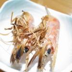 吾妻鮨 - 車海老の頭焼き