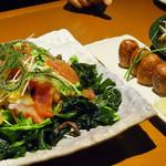 41483849 - 海鮮サラダには海ぶどうが。さすが沖縄